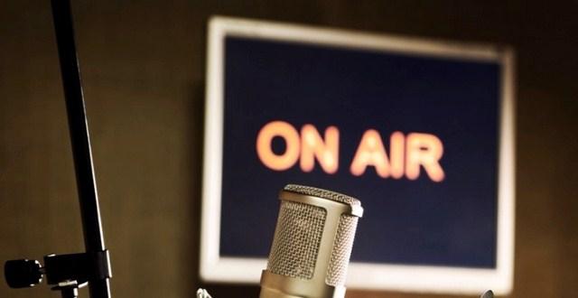 Radio-mic-image-ON-AIR-663x389 (Copy)